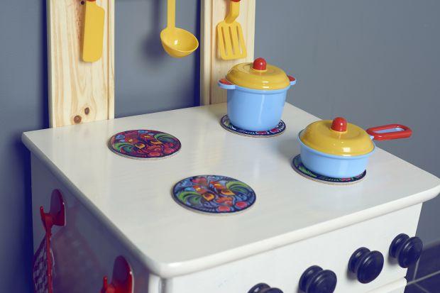 Drewniana kuchenka dla dzieci - zrób ją sam