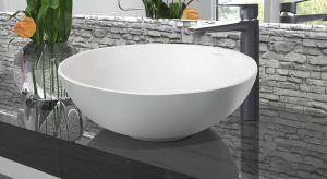 Uzyskanie wrażenia ładu i harmonii w łazience jest możliwe tylko wtedy, gdy wszystkie detale idealnie do siebie pasują. Kierując się tą zasadą firma Invena powiększyła właśnie rodzinę produktów o nową propozycję – wysoką baterię umywa