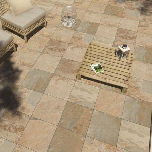 Aranżacja domu, tarasu i ogrodu. Kolekcja Sedimento Libet Ceramic. Fot. Libet