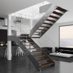 Schody model Futura ze szklaną balustradą. Fot. Rintal Polska