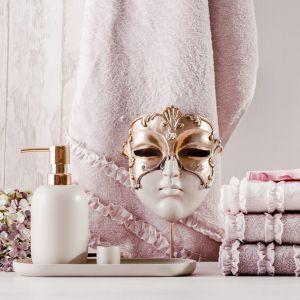 Łazienka w stylu glamour. Fot. Home&You
