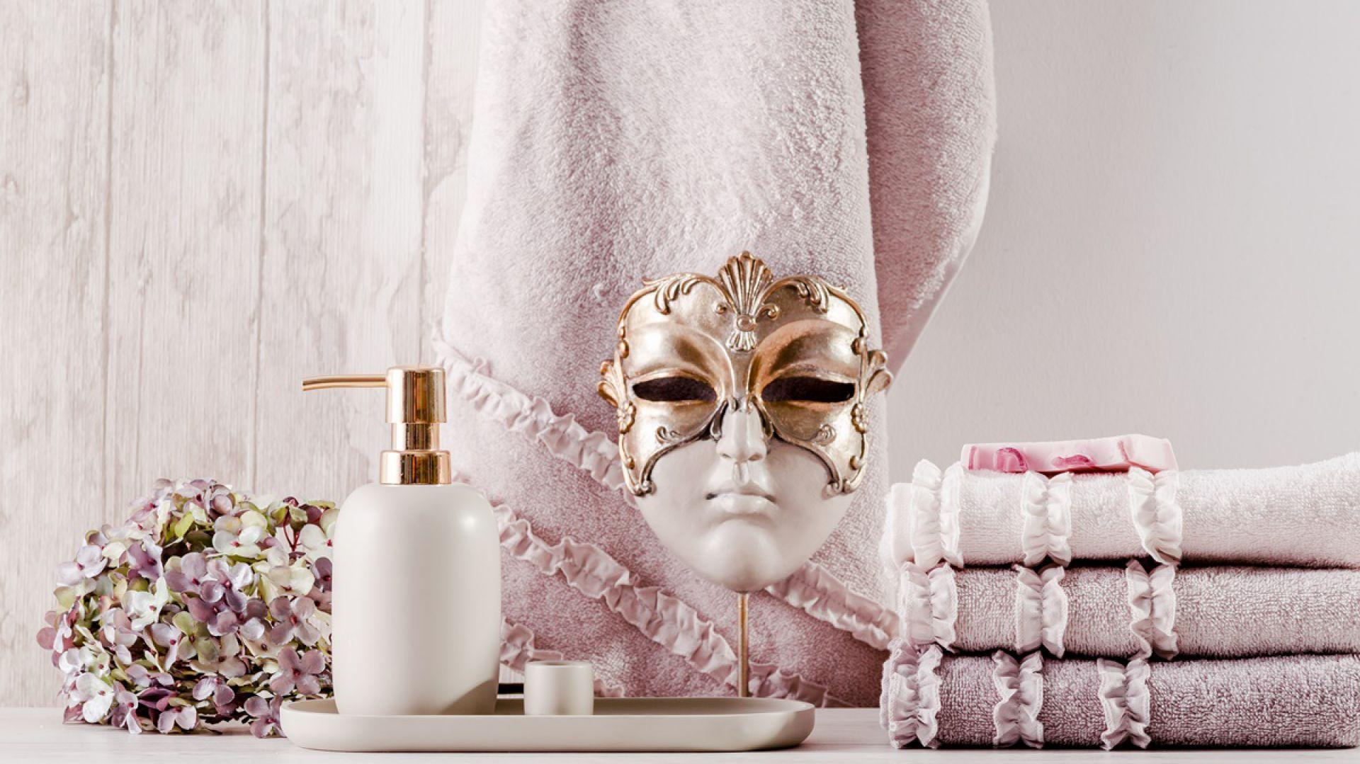 łazienka W Stylu Glamour Postaw Na Dodatki