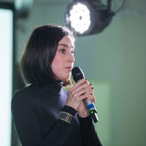 V Forum Dobrego Designu. Sesja: Ewolucja wzornictwa. Czy ogranicza nas tylko wyobraźnia? Na zdjęciu Joanna Misiun, architekt wnętrz. Fot. Piotr Waniorek.