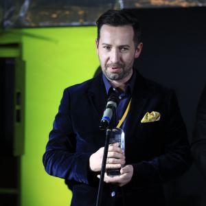 Nagrodę główną w kategorii Przestrzeń Kuchni i Jadalni za baterię Kludi L-INE S odebrał Krzysztof Ciesielski, szef ds. Obsługi Inwestycji Kludi.