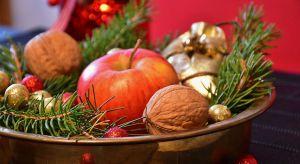 Święta Bożego Narodzenia to czas szczególny, który niesie ze sobą ciepły i rodzinny klimat. Krajobraz pokrywa się białym, skrzącym puchem, a większość z nas chce chociaż cząstkę tej magii przenieść do wnętrza domu.