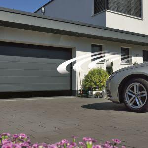Kategoria: Otoczenie domu. NAGRODA GŁÓWNA: Garażowa brama segmentowa LPU 67 wykonaniu Premium/Hörmann