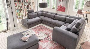 Strefa wypoczynku to serce salonu. Tutaj celebrujemy chwile z rodziną lub te tylko dla siebie. Sofa, narożnik czy fotele tapicerowane miłą w dotyku tkaniną w modnych kolorach zadbają o przytulną atmosferę w chłodne wieczory.