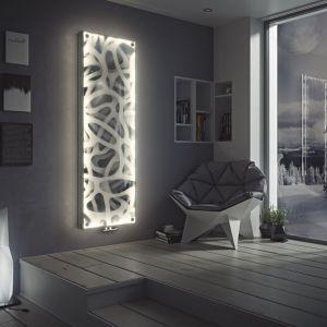 Niagara LED to  połączenie stalowego grzejnika dekoracyjnego z osłoną ze szkła hartowanego oraz wbudowanym oświetleniem LED. Fot. Luxrad