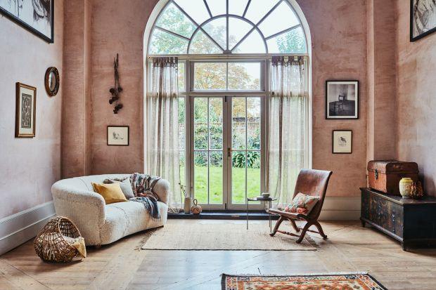 5 pomysłów na salon w ciepłych kolorach