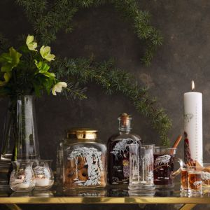 Stół na święta. Fot. Holmegaard / Fabryka Fotm
