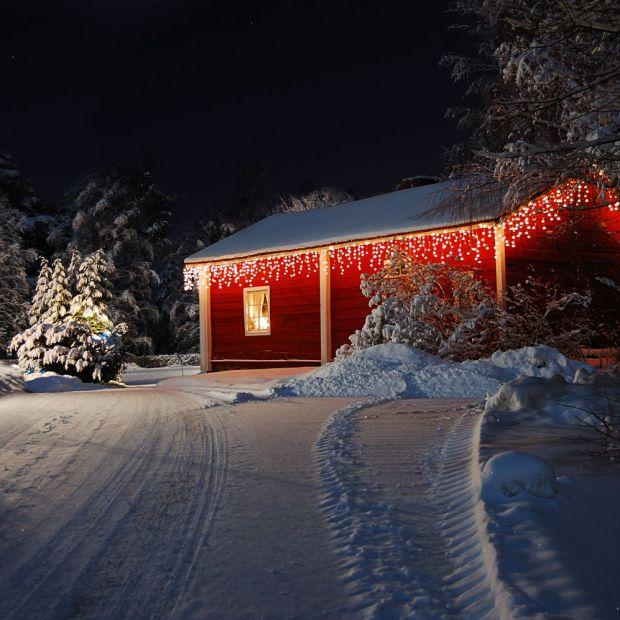 Poczuj święta w swoim ogrodzie - wybieramy oświetlenie