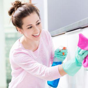 Sprzątanie z odpowiednimi produktami będzie ogromnym ułatwieniem pracy. Fot. Worwo