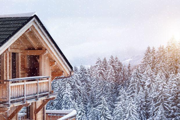 Zabezpiecz dach przed zimą - porady dla właścicieli domów