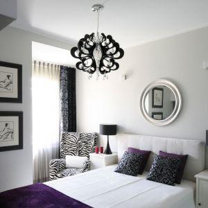Pomysł na oświetlenie w sypialni. Projekt: Małgorzata Galewska. Fot. Bartosz Jarosz