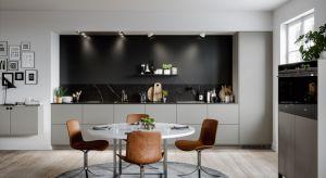 Szare meble do kuchni cieszą się niesłabnącą popularnością. Zobaczcie 5 pięknych kolekcji dla każdego.
