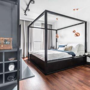 Aranżacje sypialni najmodniejsze w 2017 roku. Projekt: Decoroom. Fot. Bartosz Jarosz