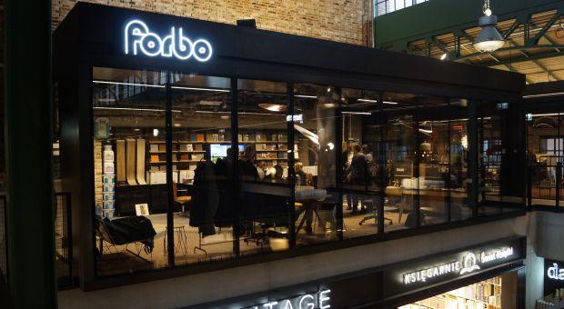 Showroom Forbo Flooring Polska w Hali Koszyki