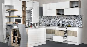 Najnowsze trendy w meblach kuchennych wskazują jednoznacznie, że królować będzie przede wszystkim funkcjonalność i jakość wykonania. Oznacza to, że klienci oczekują wielu nowoczesnych rozwiązań w zagospodarowaniu przestrzeni zabudowy.