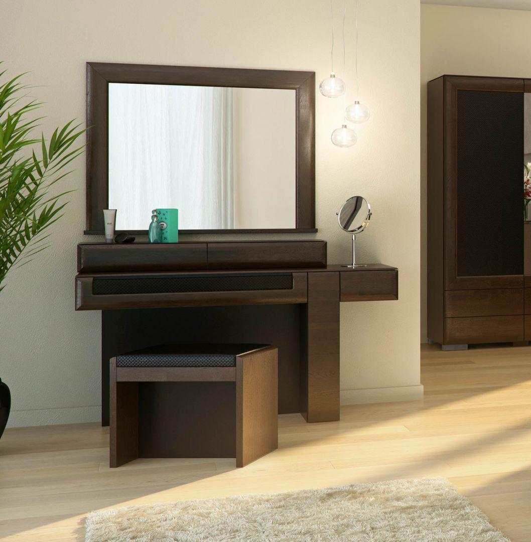 Toaletka w sypialni z kolekcji  Rossano. Fot. Mebin