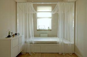 Zdecydowanie kobieca sypialnia. Projekt: ewem Aranżacja wnętrz Edyta Wełnicka