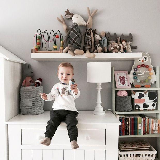 Przytulna, skandynawska aranżacja w pokoju dziecięcym
