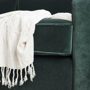 Nowa sofa Harold marki Rosanero to propozycja, która zachwyca ponadczasowym designem i niezwykłą starannością wykonania, a do tego dostępna jest w kilku wariantach rozmiarowych oraz niezliczonej liczbie odcieni.   Fot. Rosanero