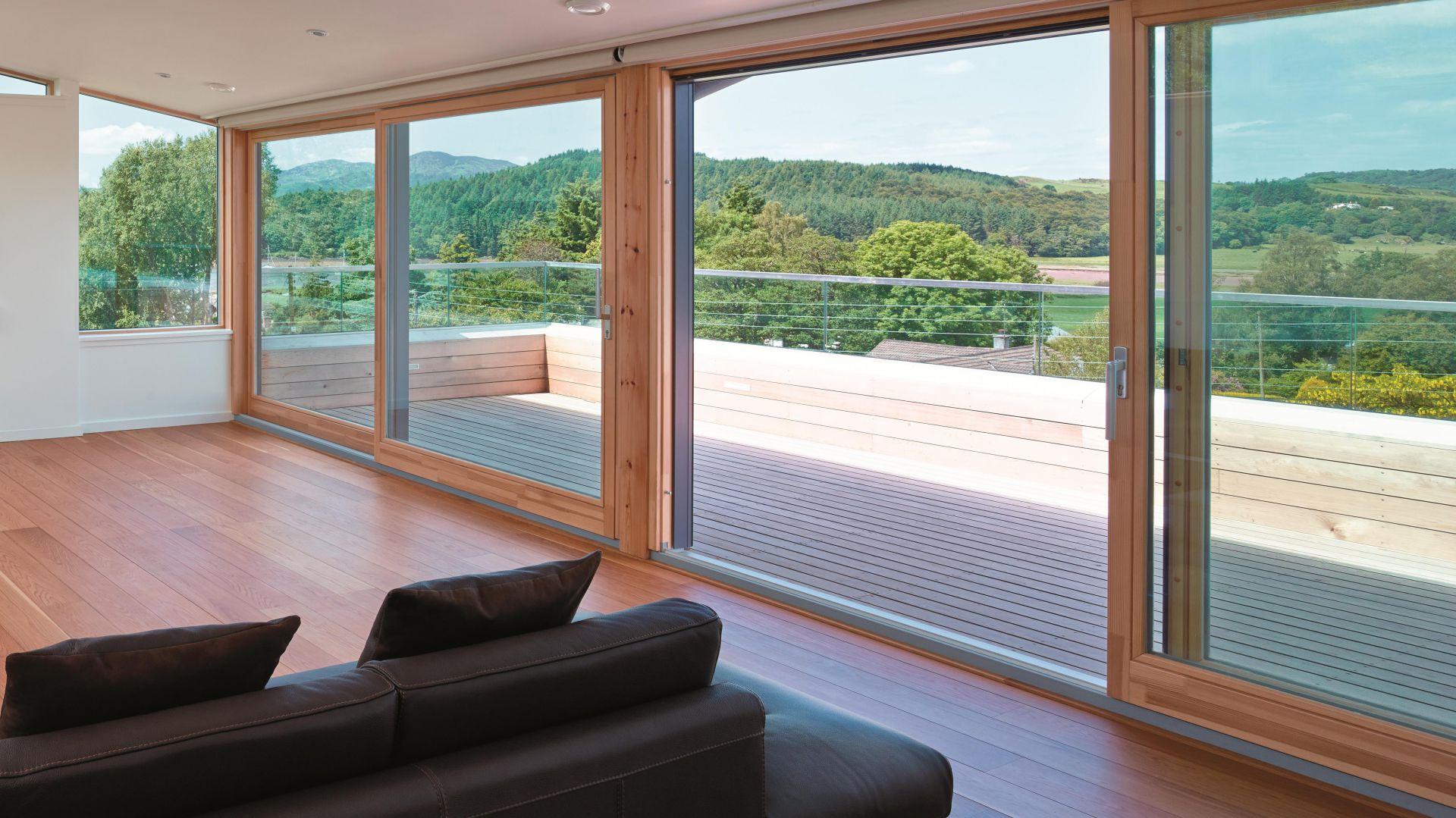 Nowoczesne drewniane okna. Fot. Sokółka Okna i Drzwi