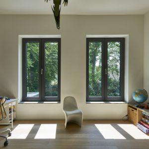 Nowoczesne okna energooszczędne. Fot. Awilux
