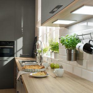 Funkcjonalne rozwiązania do małych mieszkań: oświetlenie Loxx LED. Fot. Häfele