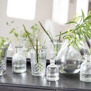 Ib Laursen w tym roku stawia na szkło. Jeśli przechowujecie w domu kryształy po babci - zdecydowanie trzeba je odkurzyć i wyjąć na światło dzienne. Fot Ib Laursen