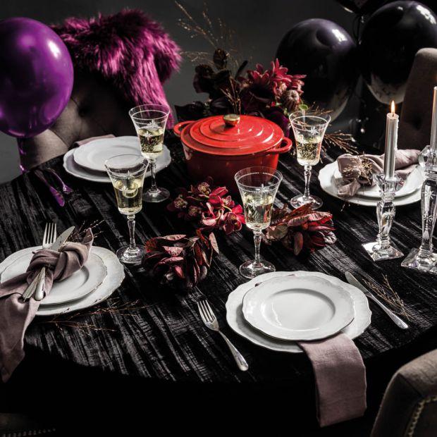 Piękny stół na karnawał - aranżacje w kolorze Ultra Violet