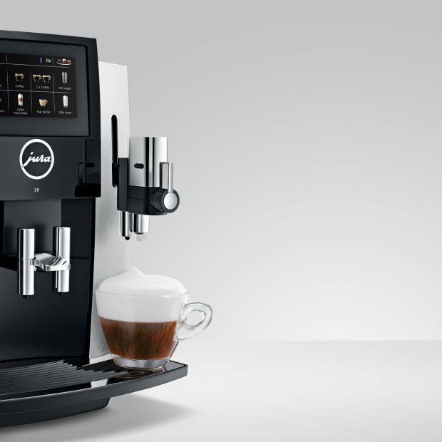 Czas na kawę z idealnie gładką pianką