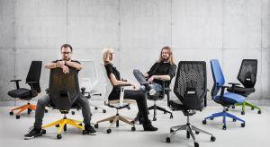 """Pierwszy fotel obrotowy marki VANK: VANK_V6, został laureatem nagrody iF DESIGN AWARD w kategorii """"Produkt: biuro"""". Wyróżnienie przyznane zostało przez najstarszą, niezależną organizację iF International Forum Design GmbH z Hanoweru."""