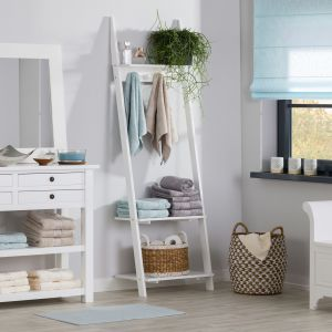 5 sposobów na harmonijne i czyste wnętrze. Wieszak z półkami Simple White. Fot. Dekoria.pl