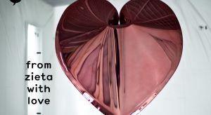 Przed nami Święto Zakochanych. Zamiast poduszek w kształcie serca i pluszowych misiów proponujemy - nieco przewrotnie - gadżet projektu Oskara Zięty, jednego z najbardziej znanych polskich designerów.