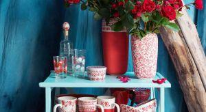 W nowych kolekcjach utrwalono na ceramice ulotne piękno kwiatów z polskich ogrodów, pól i łąk.