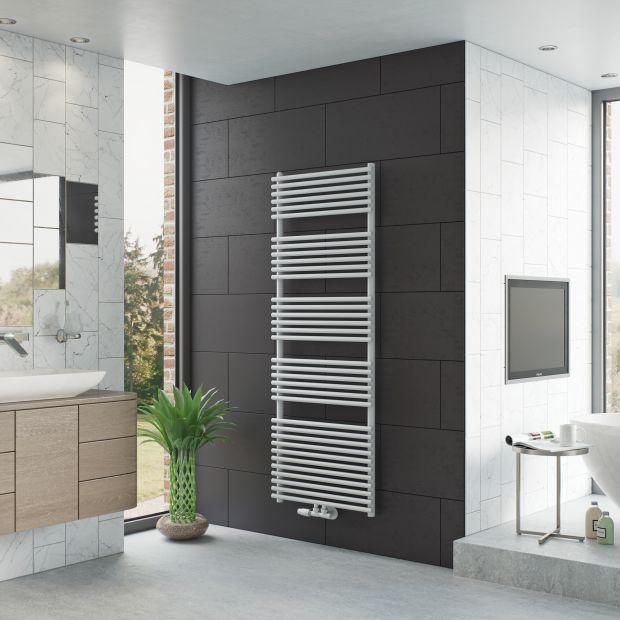 Grzejniki łazienkowe - postaw na nowoczesne drabinki