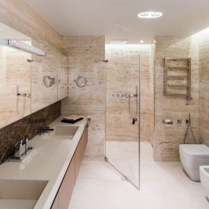Nowoczesna łazienka - urządzamy strefę umywalki. Projekt: Anna Fodemska. Fot. Bartosz Jarosz
