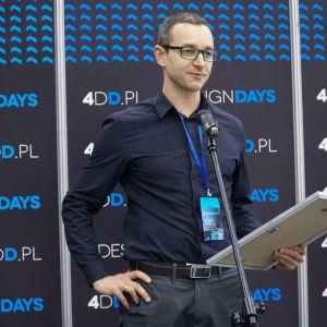 Nagroda za najlepsze stoisko trafiła również w ręce firmy Kontakt-Simon. Fot. PTWP