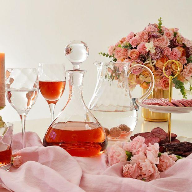 Piękny stół - nowe kolekcje szkła użytkowego