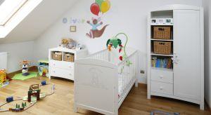 """Urządzanie pokoju dziecięcegoto nie lada sztuka. Z jednej stronytrzeba zadbać o funkcjonalną i dostosowaną do wieku przestrzeń, a z drugiejnależyliczyć się z tym, że gusta dziecka szybko się zmieniają i wnętrze będzie """"rosło&qu"""