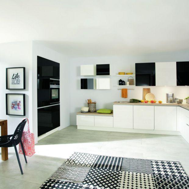 Praktyczna kuchnia: poznaj zasady jej urządzania