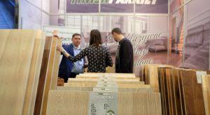 Dbałość o jakość drewna, unikalny sposób wytwarzania, duża gama wzorów - jeśli myślicie o zakupie podłóg drewnianych, na te produkty polskiego producenta na pewno warto zwrócić uwagę!