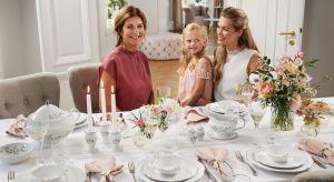 Ponadczasowa zastawaz kwiatowym motywemdaje wiele możliwości stworzenia zachwycających aranżacji stołu na co dzień i od święta.