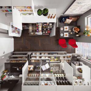 Dobrze zorganizowane, kuchenne centrum dowodzenia. Fot. Verle Kuchen (kolekcja Focus)