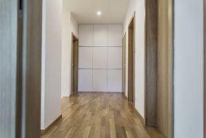 Korytarz na piętrze. Projekt i zdjęcia: Katarzyna Benko / Och-Ach_Concept