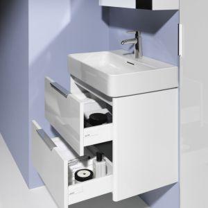 Kolekcja VAL to unikatowa seria umywalek o niepowtarzalnych kształtach. Ścianki umywalek są bardzo cienkie (od 2-3 mm), jednak mimo tak filigranowych kształtów, odznaczają się wyjątkową twardością i wytrzymałością. Fot. Laufen