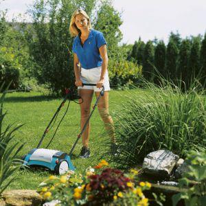 Wiosenne prace w ogrodzie - dbamy o trawnik. Fot. Gardena