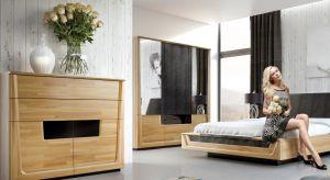Garderoba jest marzeniem niejednej pani domu. Łatwiej o porządek, łatwiej wszystko znaleźć, bo jest w jednym miejscu. Gdy ma się dom czy duże mieszkanie, warto więc wydzielić w nim osobne pomieszczenie właśnie na garderobę.