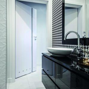 Drzwi do łazienki. Fot. Porta